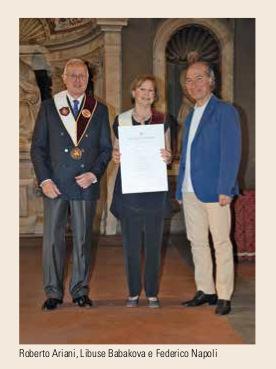 La Toscana Luglio Agosto - Libuse Babakova premiata col Collare Laurenziano